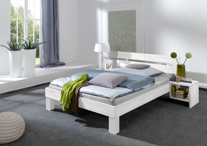 Massivholzbetten weiß  Doppelbett Überlänge 140x220 Massivholzbett weiß Rollrost Matratze ...