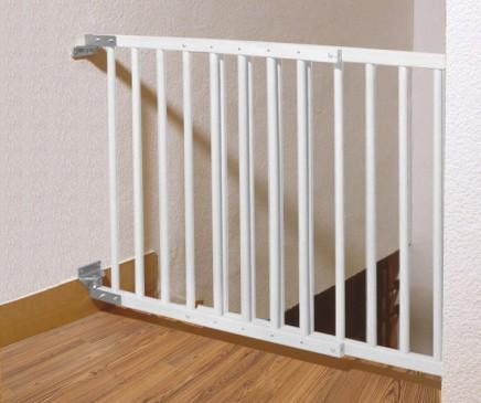 weiss t rschutzgitter treppenschutzgitter weiss. Black Bedroom Furniture Sets. Home Design Ideas